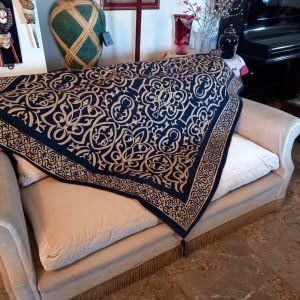 Σαλόνι πουπουλένιο από Ιταλία  σε άριστη κατάσταση 2 μεγάλοι διθέσιοι καναπέδες + 2 πολυθρόνες + τραπεζάκι