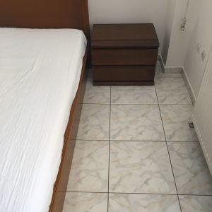 Ημίδιπλο κρεβάτι + κομοδίνο