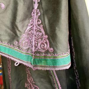 Πανωφόρι   απο6 τήν  παραδοσιακή  φορεσιά  τής  Λιτζουριας