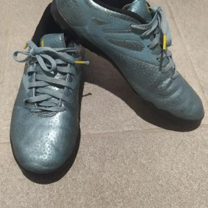 Adidas Messi Football Shoes New 37 & 1/3