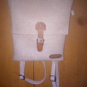 Τσάντα γυναικεία πλάτης