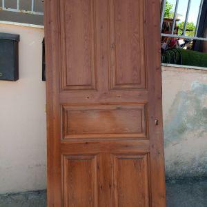 Πωλείται χειροποίητη πόρτα μασίφ 210 * 90
