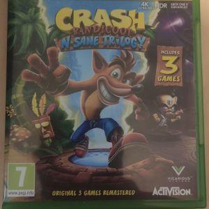 Xbox one X 1TB ελάχιστα χρησιμοποιημένο 200€-Δώρο Crash Bandicoot N. Sane Trilogy και φορτιστής 2 χειριστηρίων