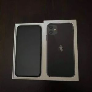 iphone 11 ΑΡΙΣΤΟ στο κουτι με ολα τα παρελκομενα