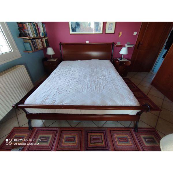 diplo xilino krevati