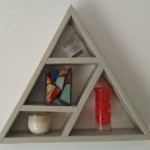 Ράφι τοίχου τρίγωνο