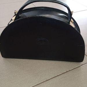Τσάντα μαύρη δερμάτινη ιταλική
