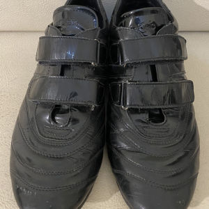 extremely gorgeous extravagant elegant unique genuinely leather sneakers by Calvin Klein made in Italy size 39
