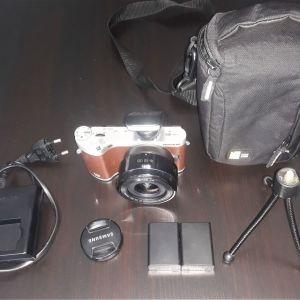 Φωτογραφική μηχανή Samsung Nx 300 και φακός 16-50mm