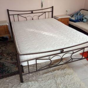 Κρεββάτι διπλό μεταλλικό με στρώμα 1.95 x 1.40