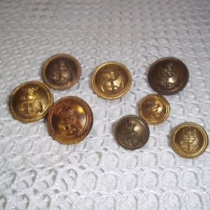 Στρατιωτικά   vintage  κουμπιά του Αγγλικού Ναυτικου