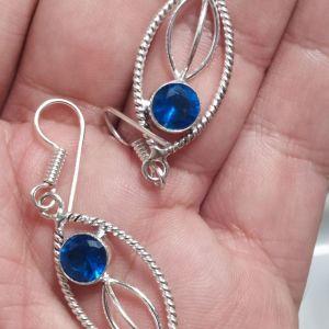 πωλειτε απο συλλεκτη ορυκτων λιθων , πολυ όμοργο ζευγάρι σκουλαρίκια ασημενια 925 με μπλε τοπάζι