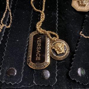 Versace Κρεμαστο κολιε λαιμού