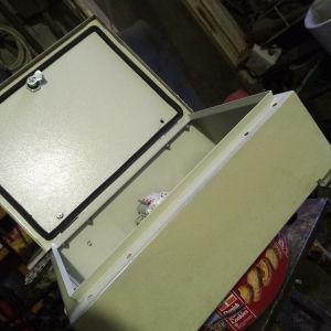 ηλεκτρολογικός πίνακας 300Χ400mm στεγανός με διακόπτες