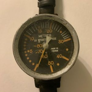 Vintage La Spirotechnique Mlitary/Navy diver's 80m depth gauge with original strap παρά πολύ σπανιο βυθομετρο χειρός