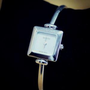 Ladies Vintage Gucci 1900L Square Silver