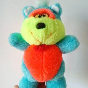 Λούτρινο αρκουδάκι με χρώματα νέον δεκαετίας '90