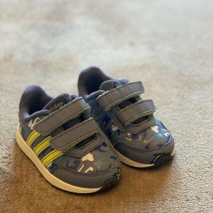Βρεφικά παπούτσια Adidas