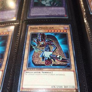 Dark Magician YuGiOh