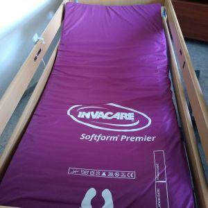 Ηλεκτρικό πολυσπαστο κρεβάτι Invacare Medley Ergo
