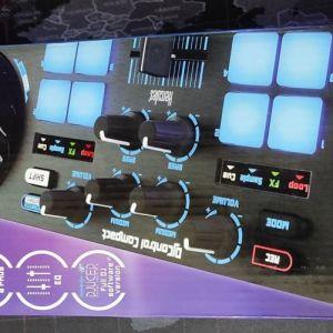 DJ controller compact, Hercules