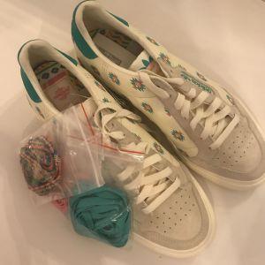 Adidas Παπούτσια (Νο43)