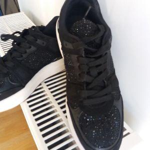Παπούτσια Αθλητικά-Sneakers No40