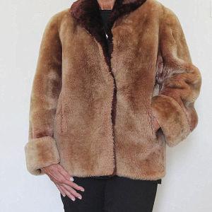 Οικολογική γούνα, εξαιρετικής ποιότητας & σχεδιασμού !