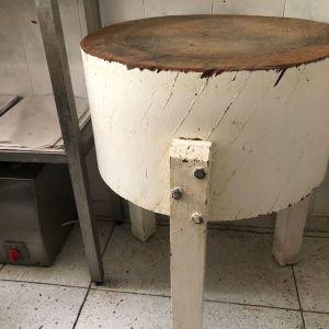 Κούτσουρο κοπής - Πάγκος κοπής Κρεοπωλείου