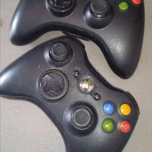 Xbox 360 + 5 τηλεχειριστήρια