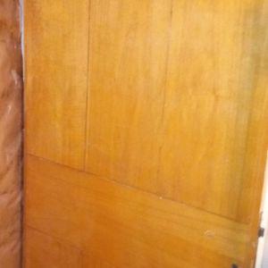 Πόρτα ξύλινη εξώπορτα