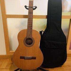 Κλασσική κιθαρα Ισπανικης κατασκευης χειροποιητη. No 4