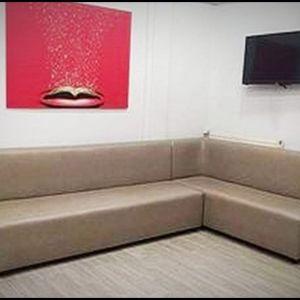 Επαγγελματικός γωνιακός καναπές για επιχείρηση