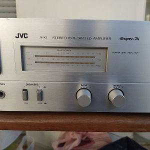 Πωλείται ενισχυτής JVC A-X1