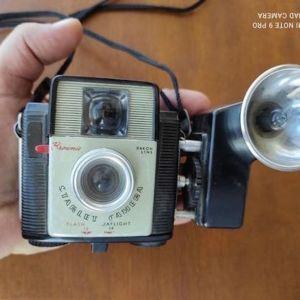 KODAK Brownie Starlet camera with kodak Flash D