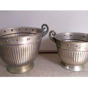 Δύο Μεταλλικά Κασπώ - Γλάστρες  Made in India