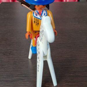 Playmobil  Ινδιάνος ανιχνευτής