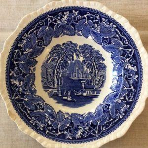 Vintage πορσελάνινο πιάτο. MASONS - VISTA