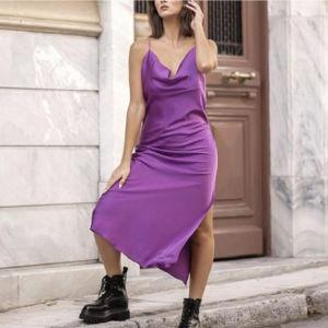 σατεν φόρεμα