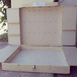 ΕΚΘΕΣΗ ΑΝΤΙΚΕΙΜΕΝΩΝ/ Βαλιτσα επιπλο απο ξυλο για εκθεση κοσμηματων και αλλων