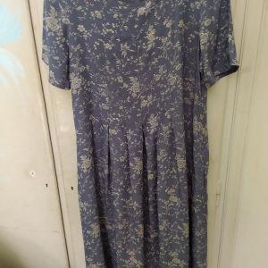 Vintage Laura Ashley φόρεμα.
