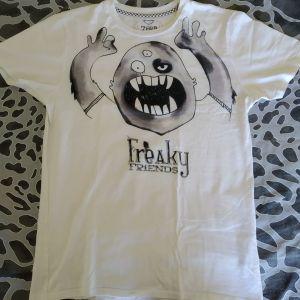 T-shirt Freaky Friends