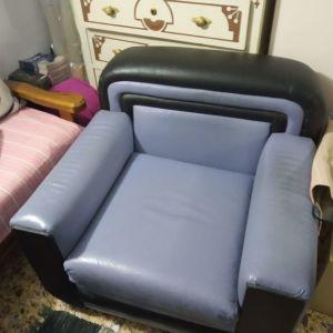 Καναπές δερμάτινος