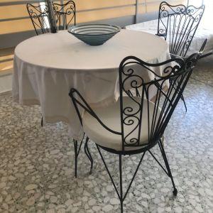 Set faire-forgé μαύρο, για βεράντα ή το κήπο (τραπέζι οβάλ και 4 καρέκλες)