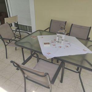 Τραπέζι κήπου-βεραντας