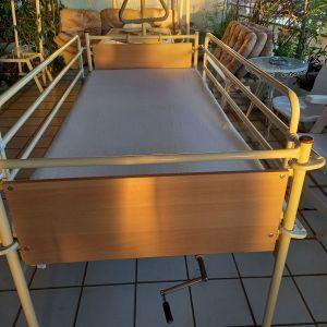 Πωλείται νοσοκομειακό κρεβάτι