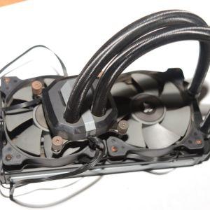 καινουργια cpu Ιntel Core i7 6850K 3.6GHz Hexa-Core (BX80671I76850K) με μεταχειρισμενη υδροψυξη Corsair Hydro Series H100i v2 CPU