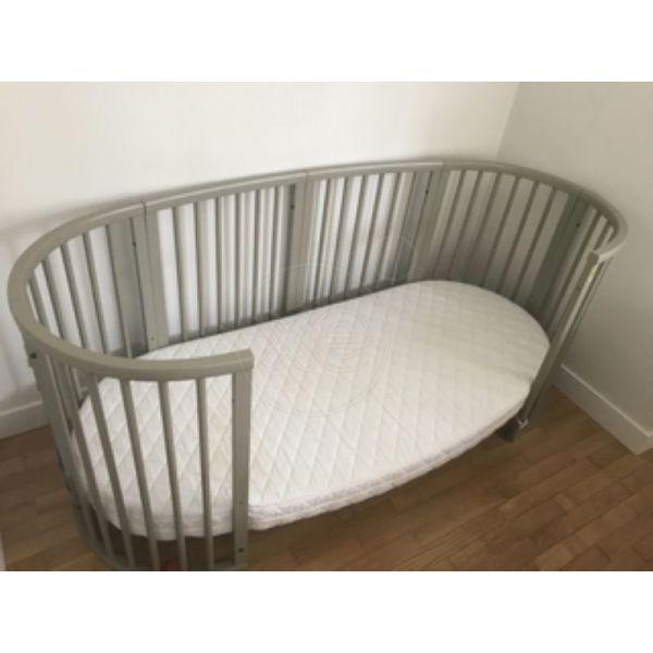 krevati pediko STOKKE