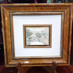 Κάδρο Ιταλικό ανάγλυφη τρισδιάστατη μεταλλογραφία Vintage με υπέροχη ξύλινη λακαριστή κορνίζα...Αμεταχείριστο!