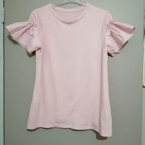Διάφορα μπλούζακια Μ κοντομάνικα ιδιαίτερα